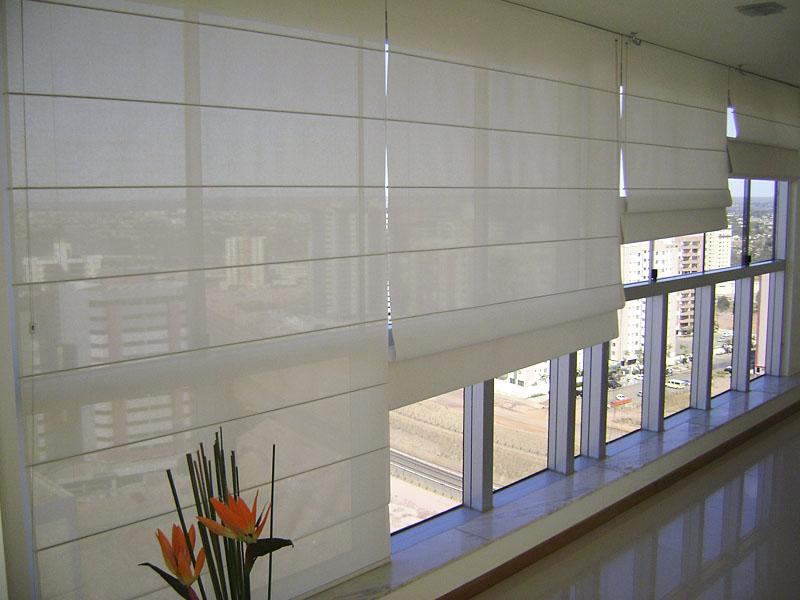 Cortina romana em bh paulo cortinas e persianas bh for Materiales para toldos de aluminio